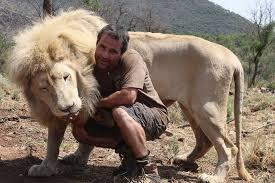 Persahabatan Binatang dengan manusia (youtube.com)