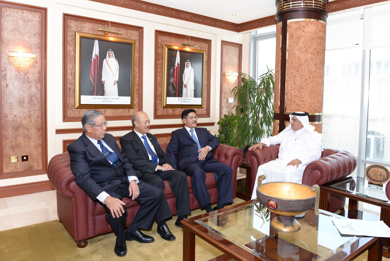 Kunjungan Ketua MA ke Qatar (Kuntum)