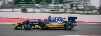 Sean Gelael sedang beraksi di kejuaraan GP2 Sochi (seangp.com)