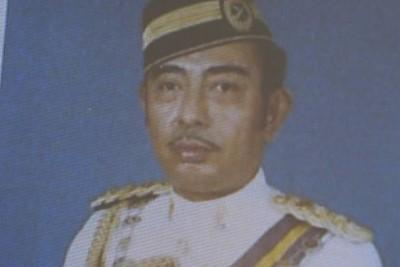 Darah bangsawan Malaysia: Ayah Keith Williams seorang anggota bangsawan dari monarki Malaysia. (mirror.co.uk)