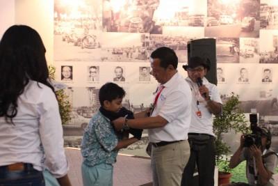 Suasana di stan IMI pada pamerah otomotif IIMS di Kemayoran, Senayan, Senin.