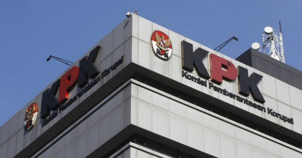 KPK Detail: KPK Periksa 2 Kabiro DKI