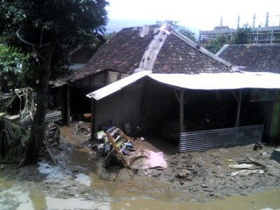 Akibat banjir Garut. (Yat.R)