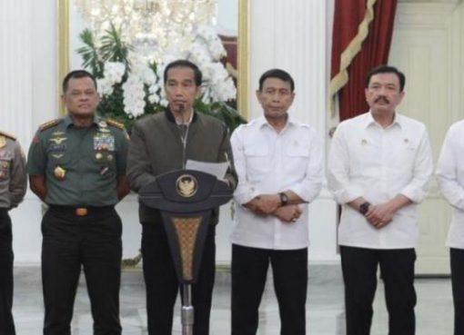 Presiden Jokowi dan jajaran di Istana Kepresidenan Jakarta> (foto ist)