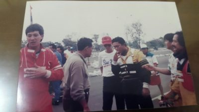 Ricardo Gelael paling kiri bersama Adiguna Sutowo. (arl)