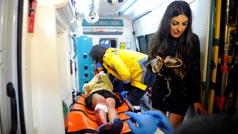 Korban penembakan di klub malam Reina, Istanbul, ketika mendapat perawatan. (Al Jazeera/Reuters)