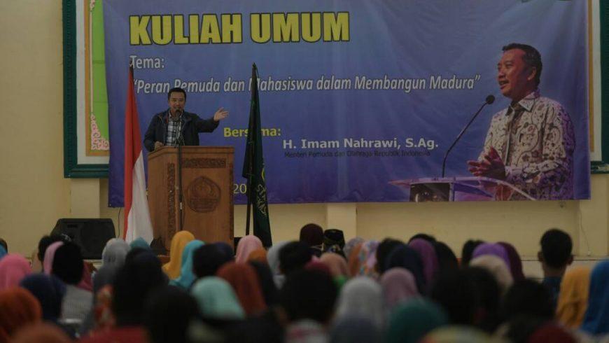Menpora Imam Nahrawi memberikan kuliah umum, di Auditorium Sekolah Tinggi Agama Islam Negeri (STAIN) Pamekasan, Madura, Jawa Timur, Sabtu (22/4) pagi. (Foto:kemenpora.go.id)