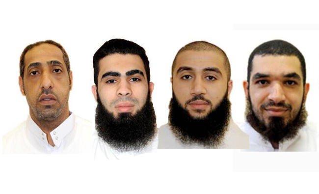 Empat pelaku teror dijatuhi hukuman mati, Selasa (11/7), karena dinyatakan terbukti bersalah melakukan kerusuhan di Qatif, Arab Saudi. Mereka dari kiri ke kanan; Yousef Abdullah Al-Mushaikhees, Mahdi Mohammed Hassan Al-Sayegh, Amjad Naji Hassan Al-Ali Muaibeed, dan Zaher Abdul Rahim Hussein Al-Basri,. (Foto: EPA/Arab News)