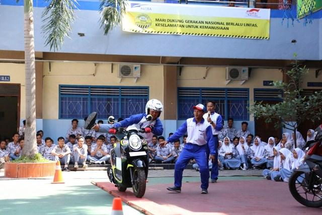 Astra Untuk Indonesia Cerdas Di SMA Batik 2 Surakarta