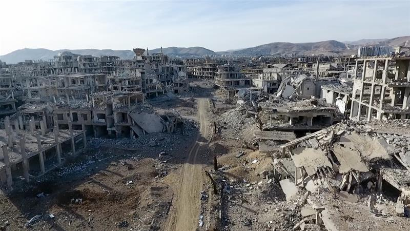 Daerah pinggiran Damaskus, yang dihuni sekitar 400.000 orang, berada di bawah kendali kelompok oposisi bersenjata sejak tahun 2013. Wilayah itu kini porakporanda karena dibombardir terus menerus oleh pasukan pemerintah Suriah. (Foto: Anadolu/ Al Jazeera)