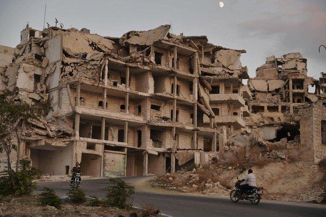 Gedung yang hancur akibat perang di Idlib, Suriah. (Foto: AP/Arab News)
