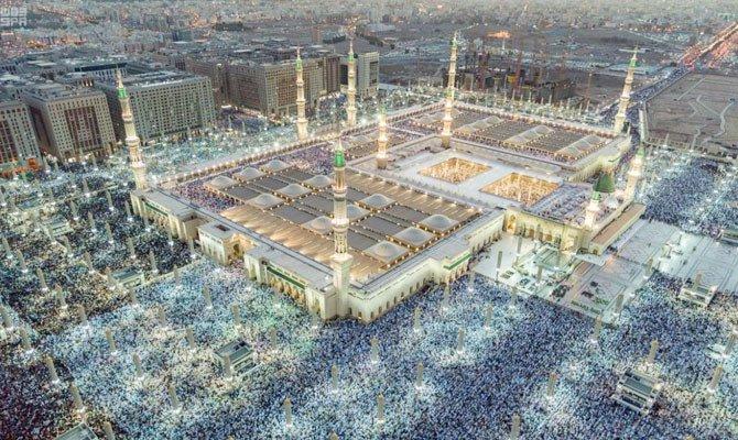 Arab Saudi dalam Visi 2030 mematok menarik lebih dari 30 juta jamaah umrah. (Foto: Arab News)
