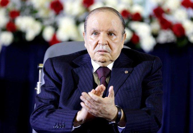 Presiden Abdelaziz Bouteflika mengumumkan pengunduran dirinya Selasa, sehari setelah menyatakan akhir masa jabatannya. (Foto: File Reuters/Arab News)