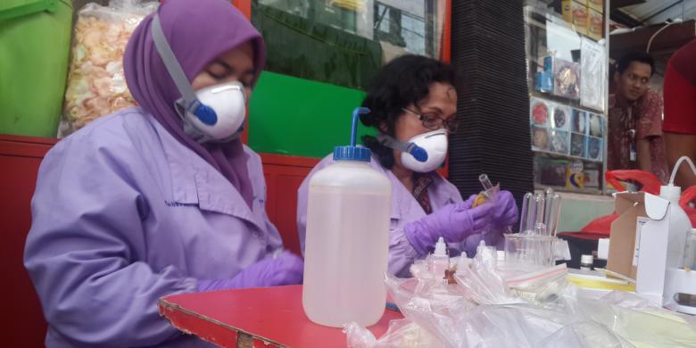 Makanan mengandung formalin dan boraks di Jalan Sabang,