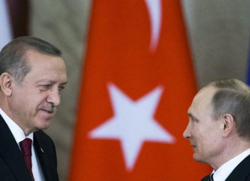 Erdogan (kiri) dan Putin sepakat mendorong zona non-tempur di Suriah, namun bersumpah tetapk menjadikan teroris sebagai target. (Foto: Reuters/Al Jazeera)