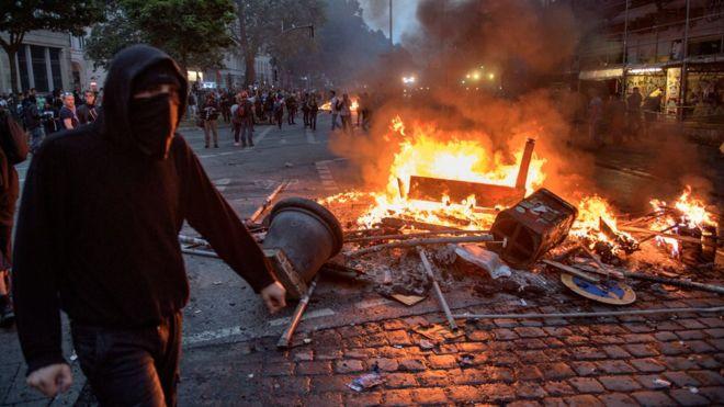 Unjuk rasa, KTT G-20 Hamburg, 200 polisi cidera,