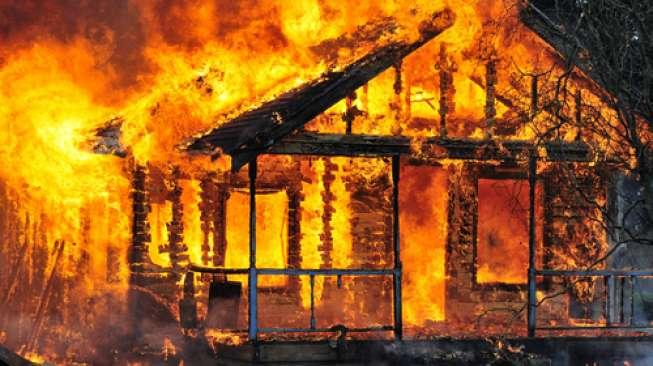 Kebakaran. (Foto Dokumentasi Indowarta.com)
