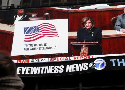 Dalam momen bersejarah, Dewan Perwakilan Rakyat Amerika Serikat memilih untuk memakzulkan Presiden Donald Trump pada hari Rabu waktu setempat (Kamis WIB) karena alasan menyalahgunakan kekuasaan dan menghalangi Kongres.