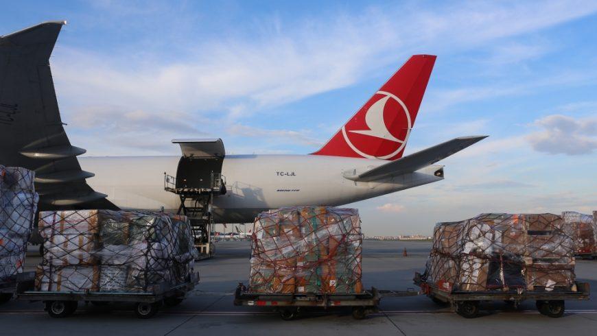 Turki bersiap untuk mengirimkan peralatan medis ke Palestina.(Foto: Anadolu/Al Jazeera)